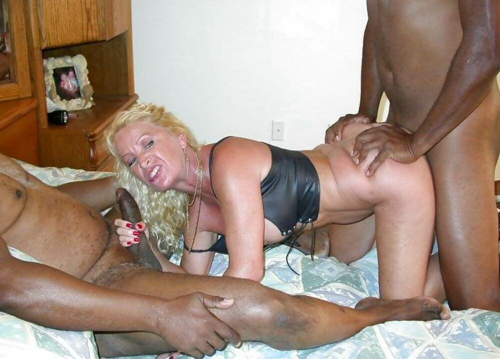 Homemade older women fucking
