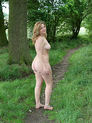Porn outdoor chubby amature lesbian