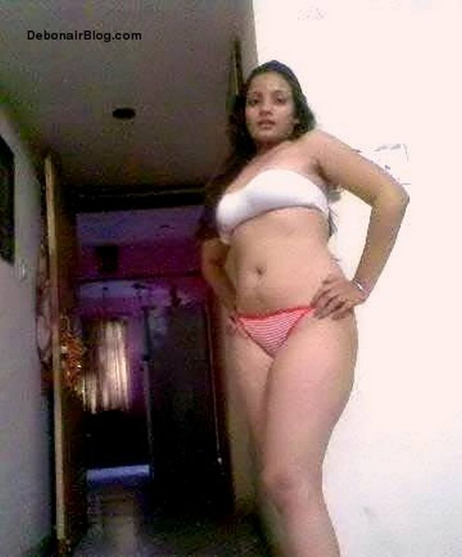 Pics of indian bhabhi in sexy panties