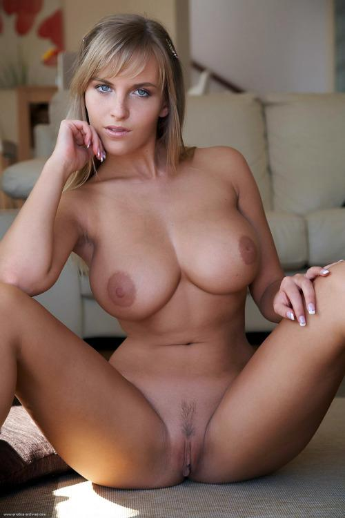 Hot nude sexy cougar girls