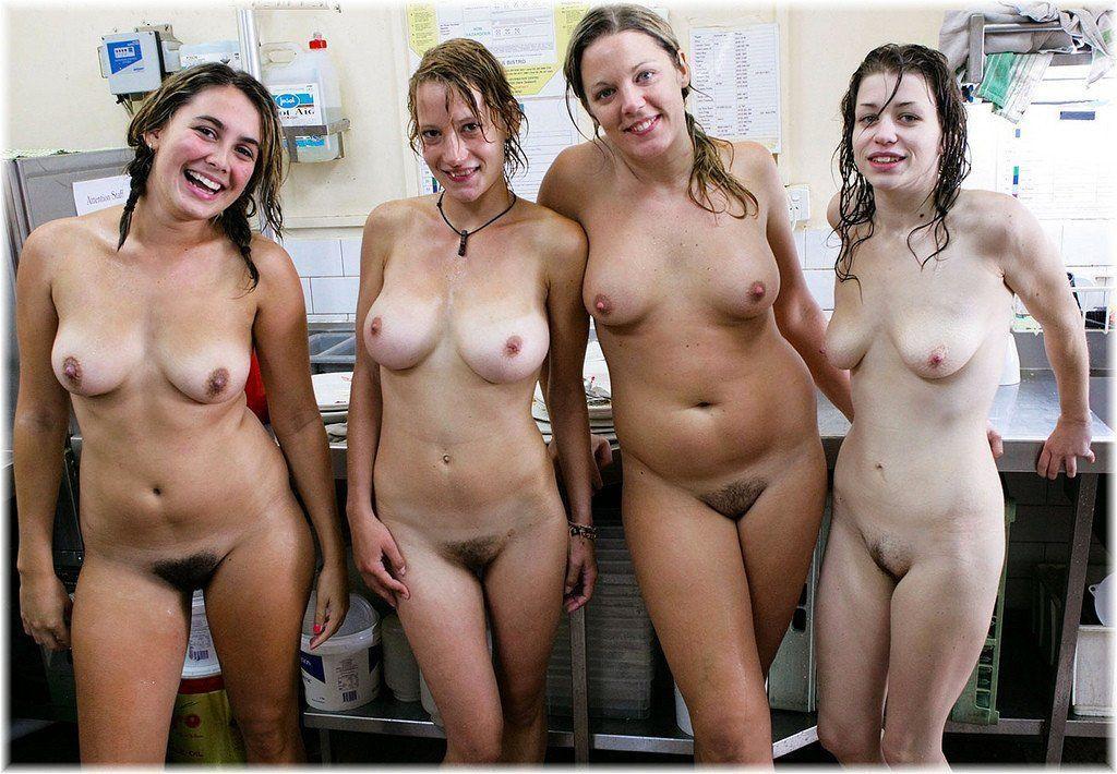 Teen nude girl group