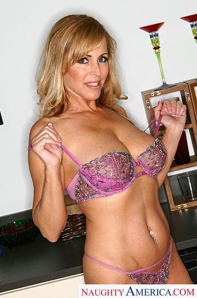 Nicole moore naughty america
