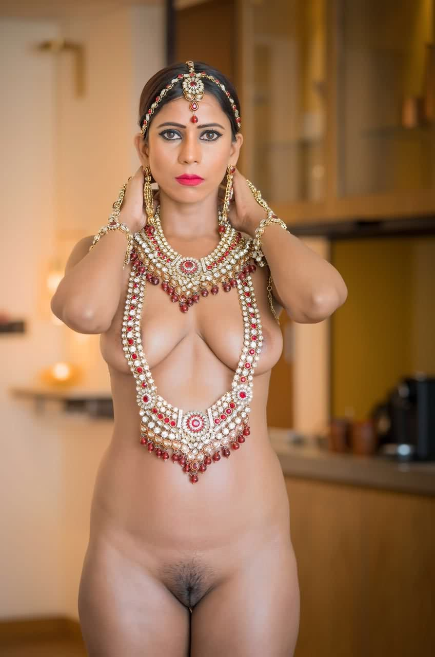 Naked hot desi photos models