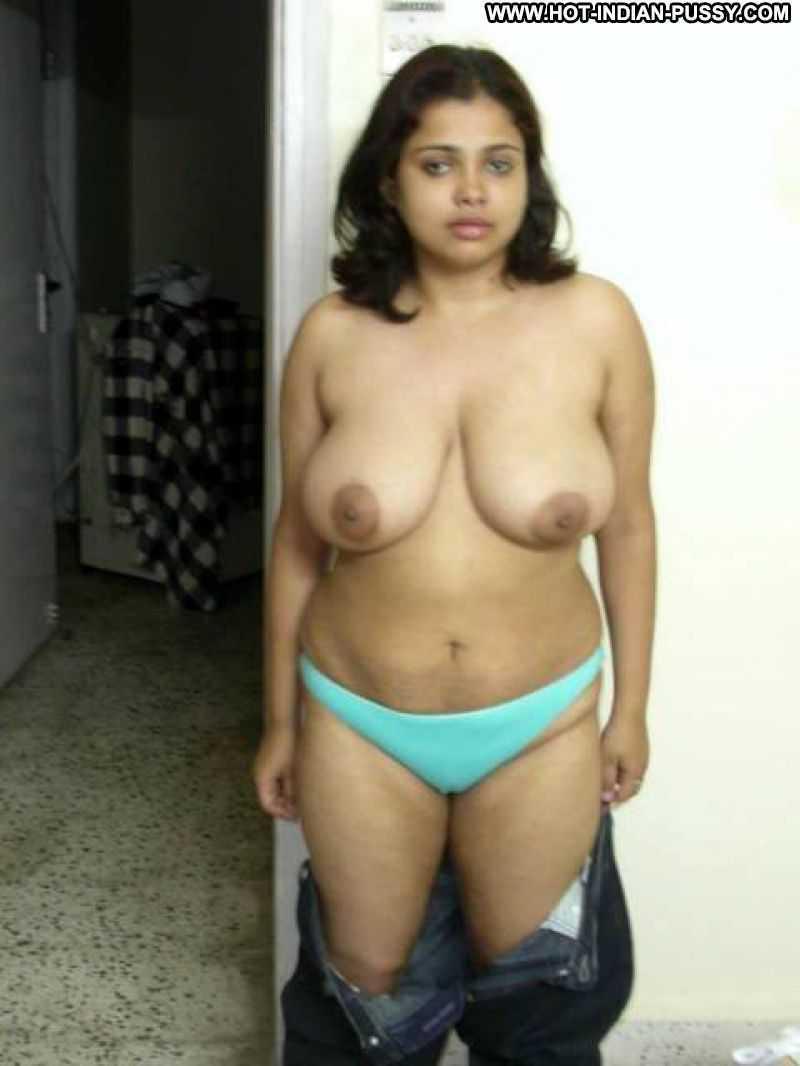 Sexy nude indian big busty women