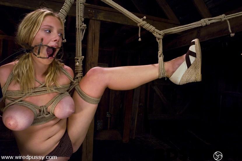 Sara scott wired pussy