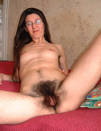 Women with hairy pussy