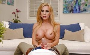 Courtney nude peldon picture
