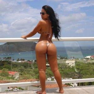 Women nude curvy black beautiful