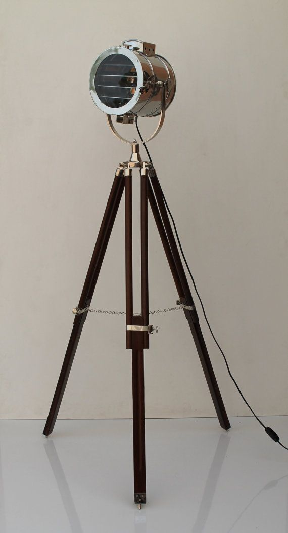 Photographer floor vintage lamp tripod
