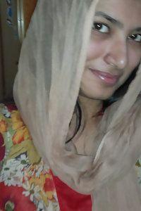 Indian muslim girl nude photos