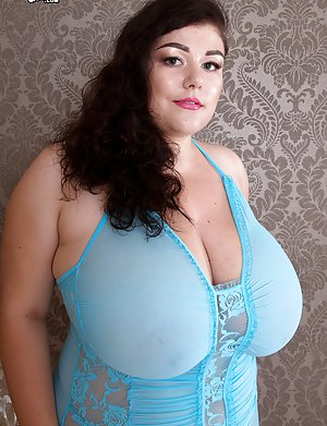 Naked bbw extra large tits