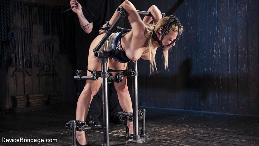 Cherie deville bondage device