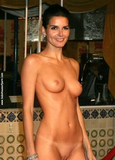 Angie harmon nude xxx