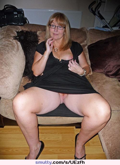 Hairy mom upskirt pussy