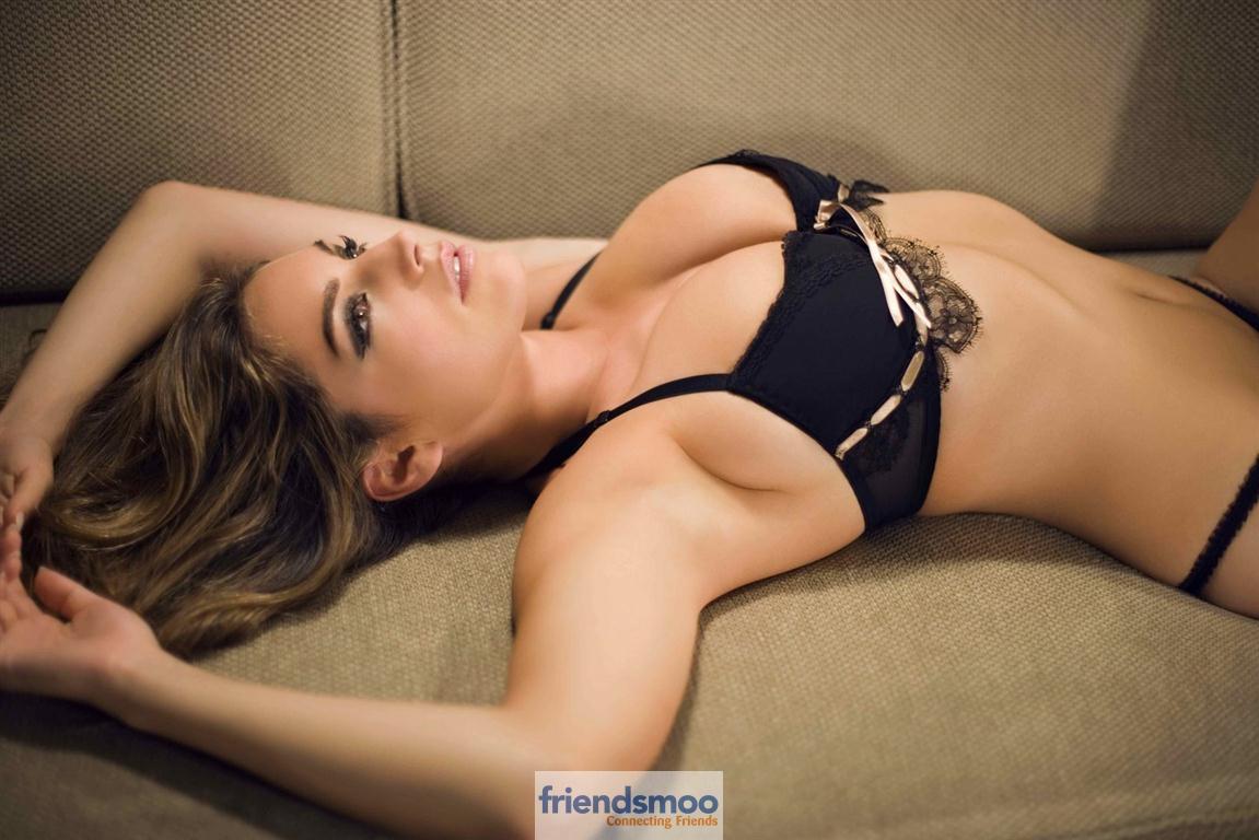 Odette yustman sexy pics