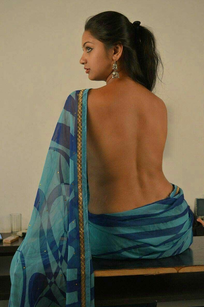 Hot sexy aunty back side