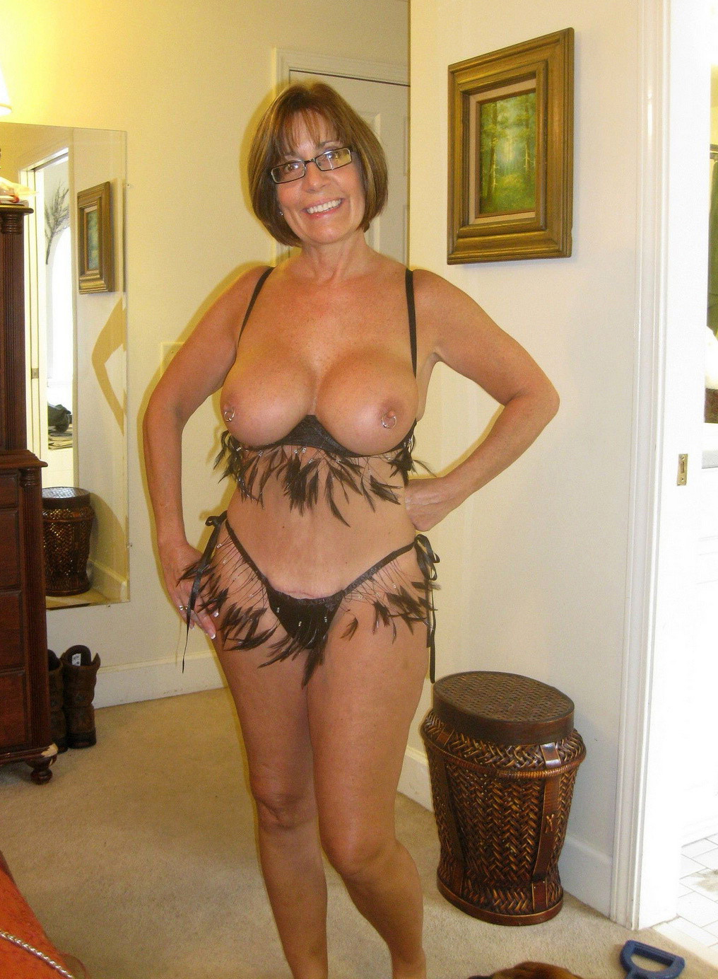 Hot sexy mature women nude