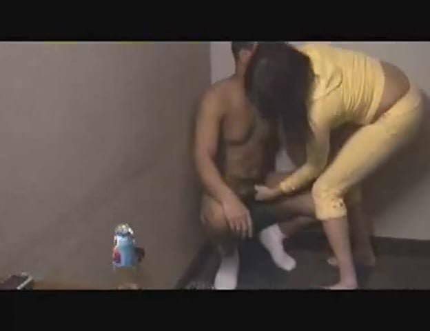 Teen girls squeezing mens balls