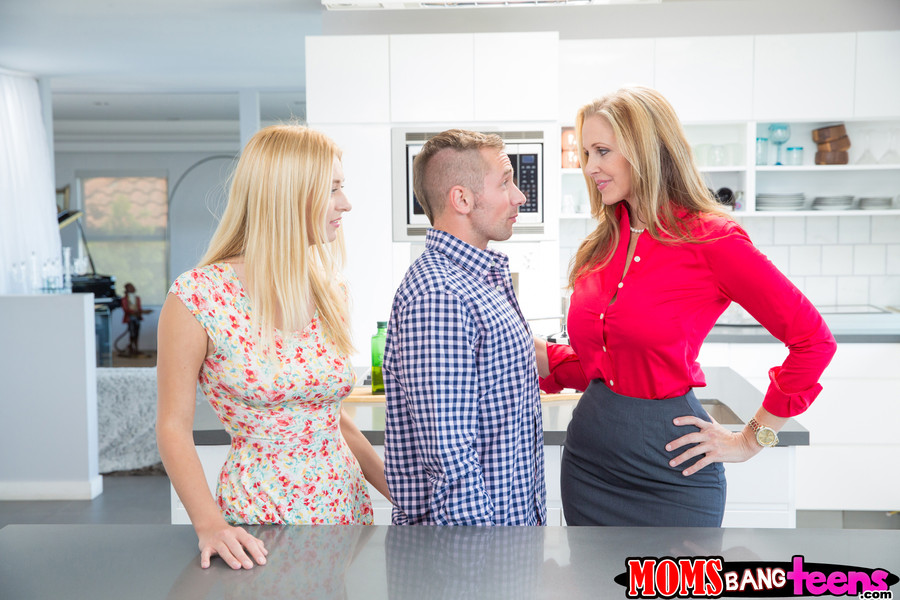 Natalia starr reality kings julia ann