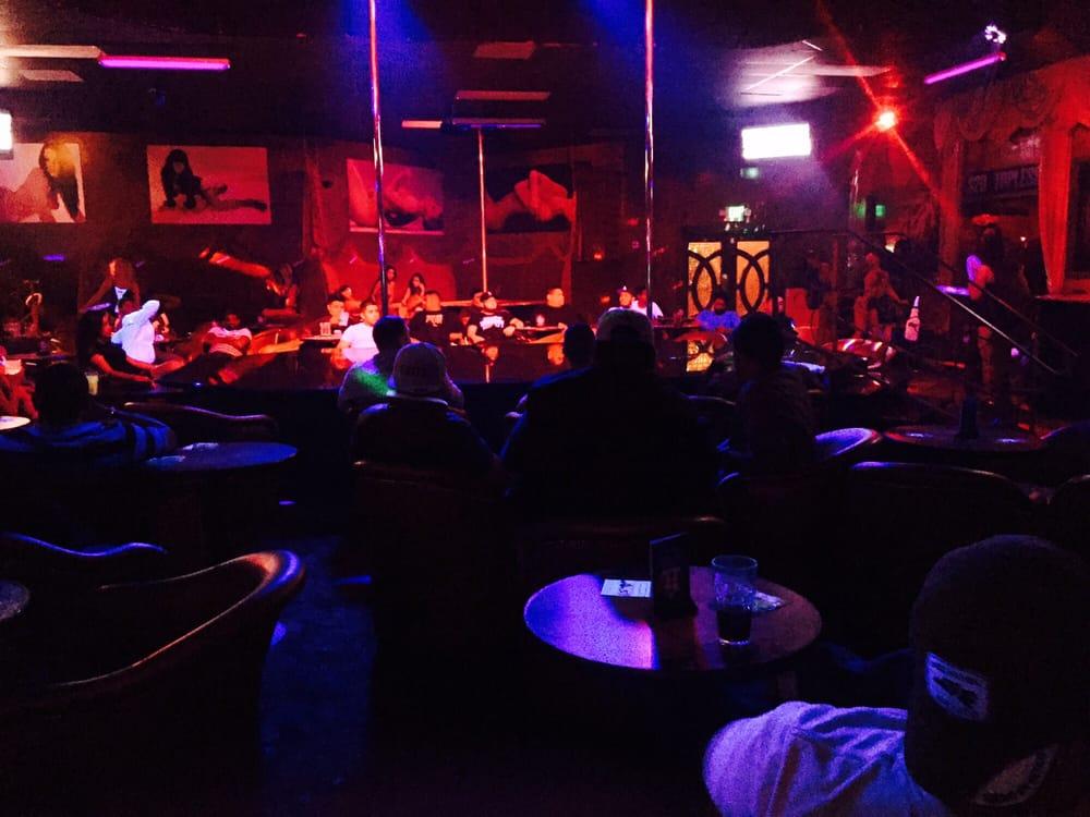 Deja voo strip club