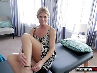 Mature mom massage sex