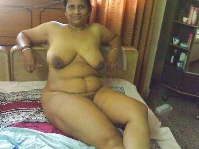 Auntys nude padangal tamil