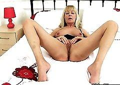British elaine porn pics