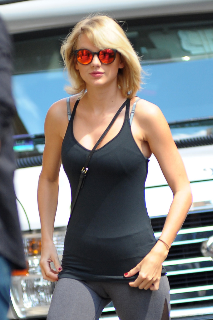 Taylor swift. xxxx. pussy cunt