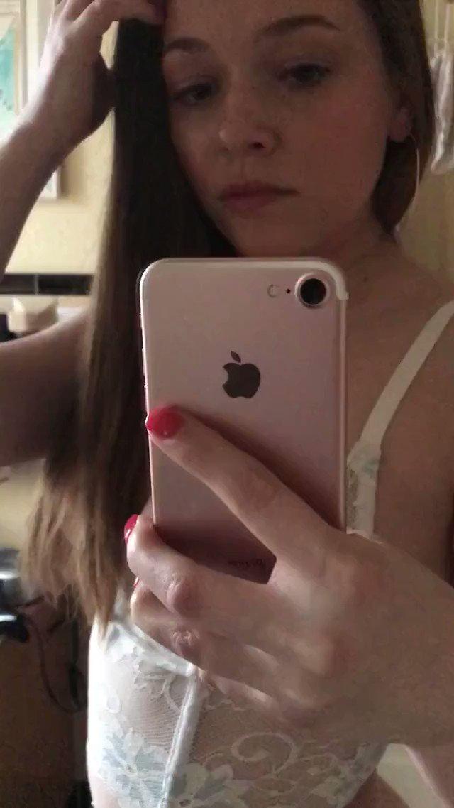 Nude yr selfia pics