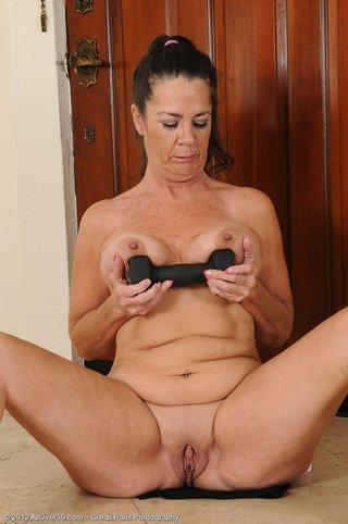 Nude black big ass sugarmammies photos