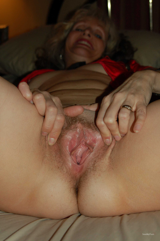 Pussy wet mature women