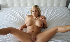 Young model pre nude