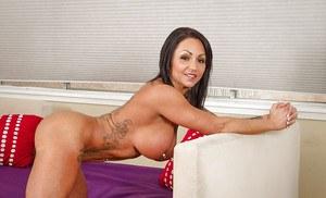 Big butt mom xnxx