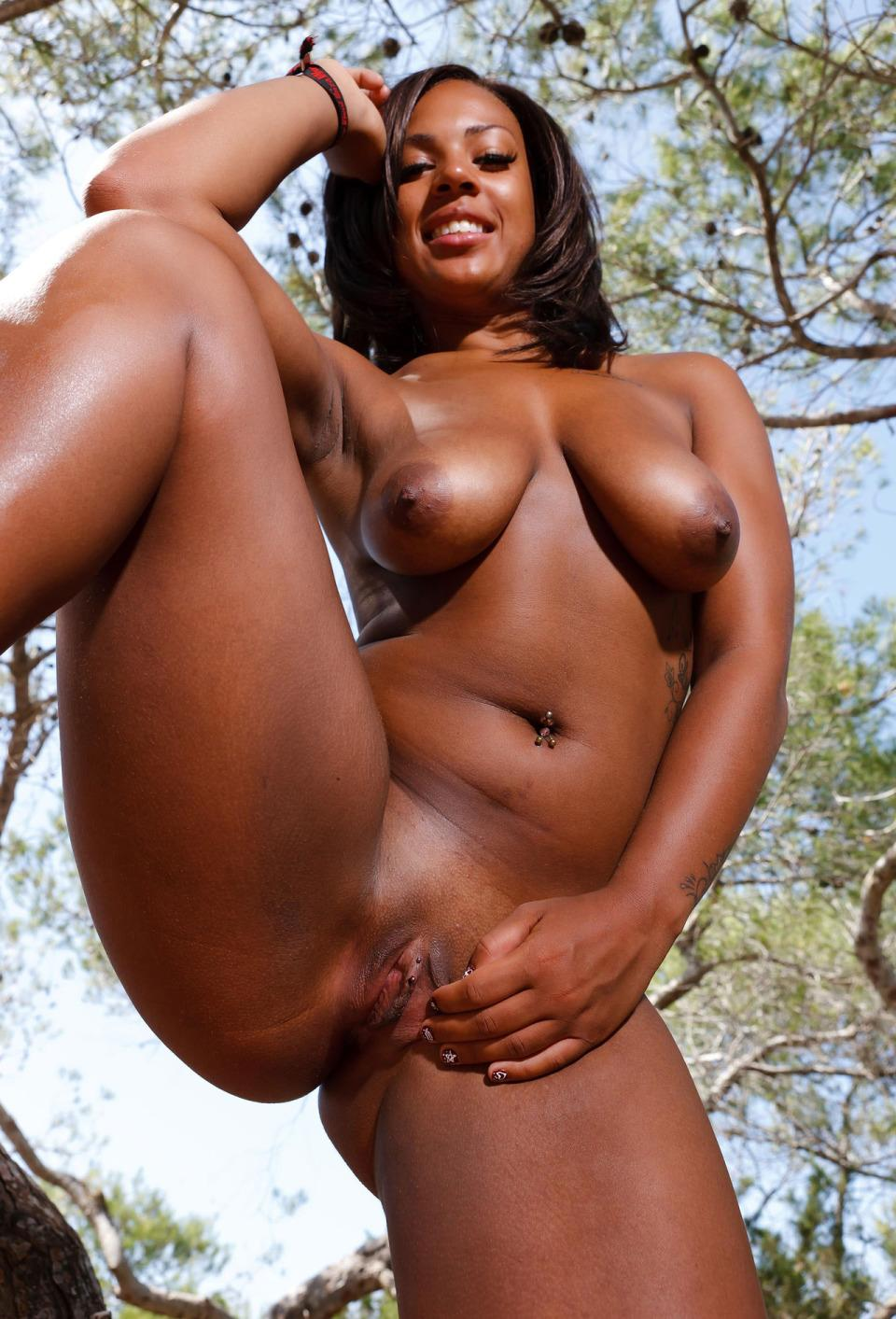 African porno naked woman biggest vagina