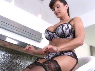 Lisa ann stockings sex
