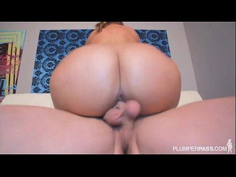 Xnxx big booty boobs porn