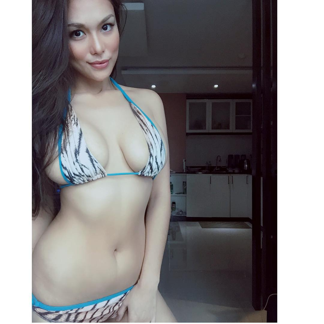 Philippine hot semi nude girl