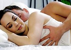 Xxx romantic bed picture