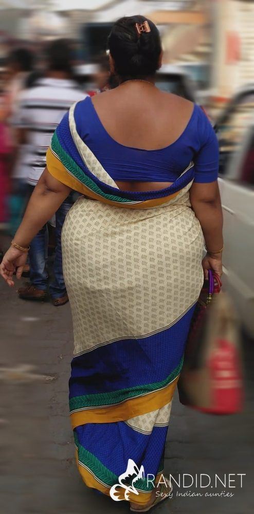 Real life aunties saree ass pics