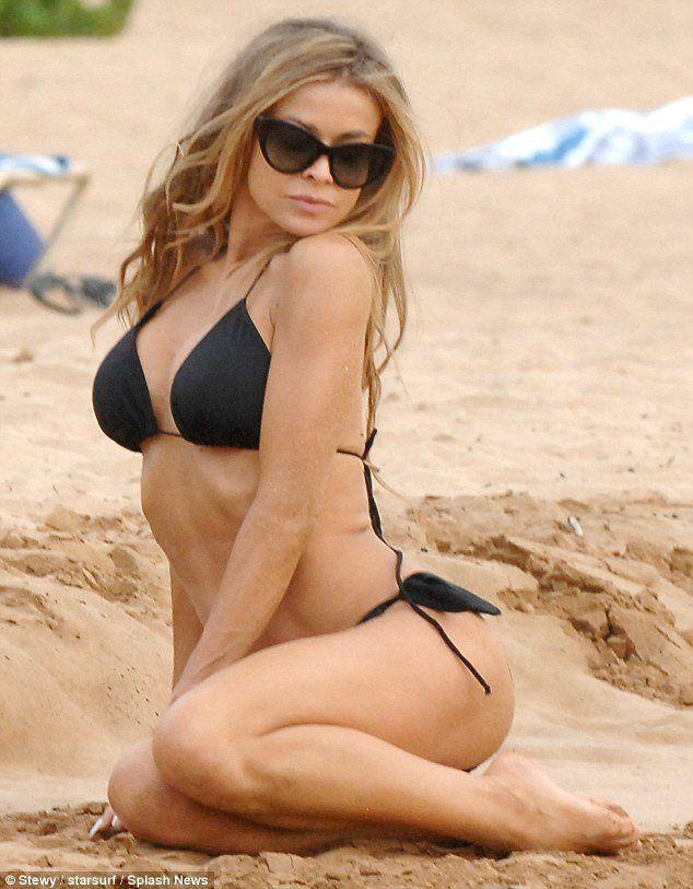 Carmen electra nude beach
