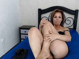 Hot nude colombian pussy