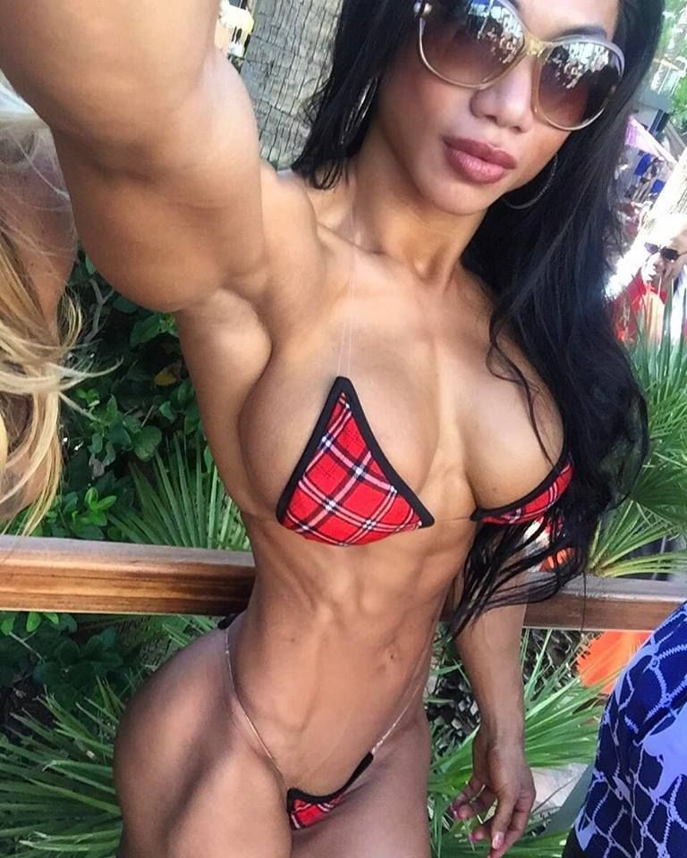 Asian muscle girl nude