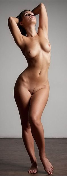 Incredible body girl nude art