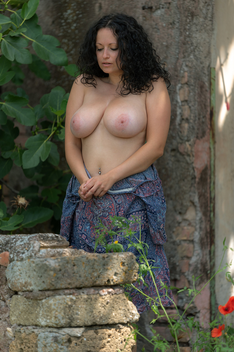 Busty nude naked hot