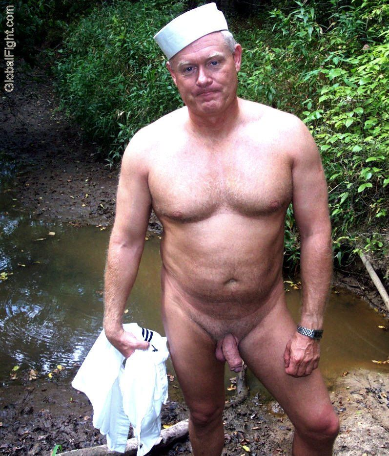 Sexy nude old men