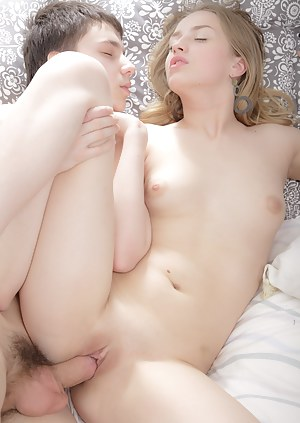 Girl nude sex photos