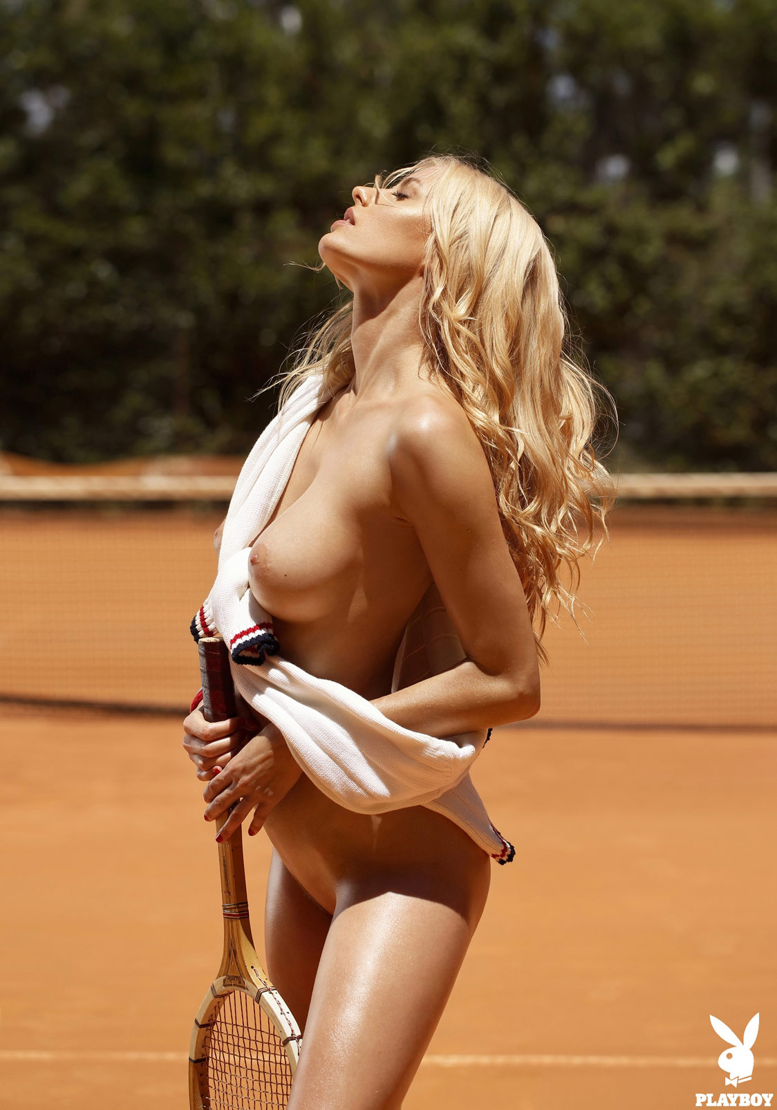 Nude women tennis court