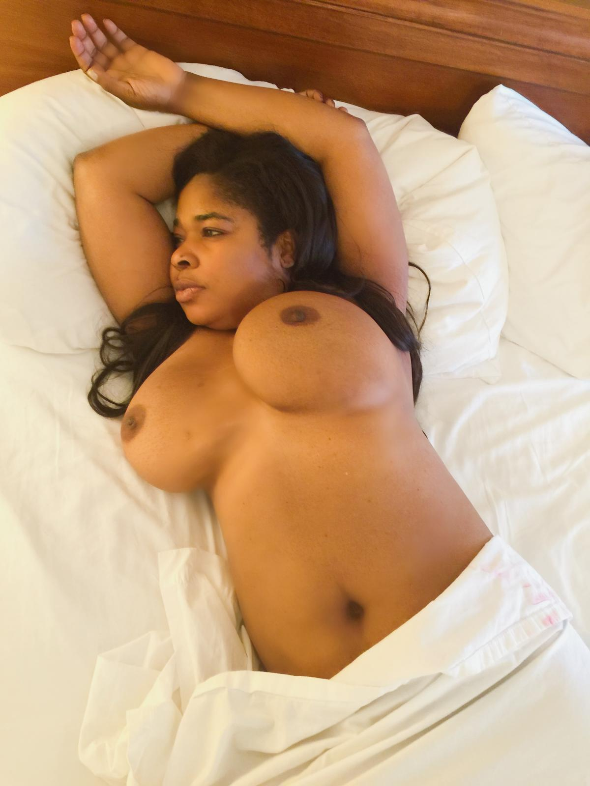 Bbw naked women naija fat