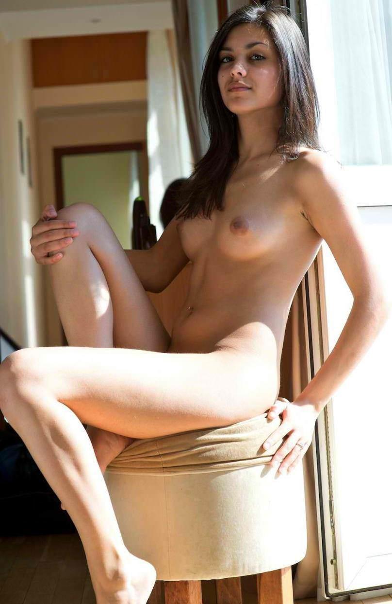 Nude beautiful indian girl