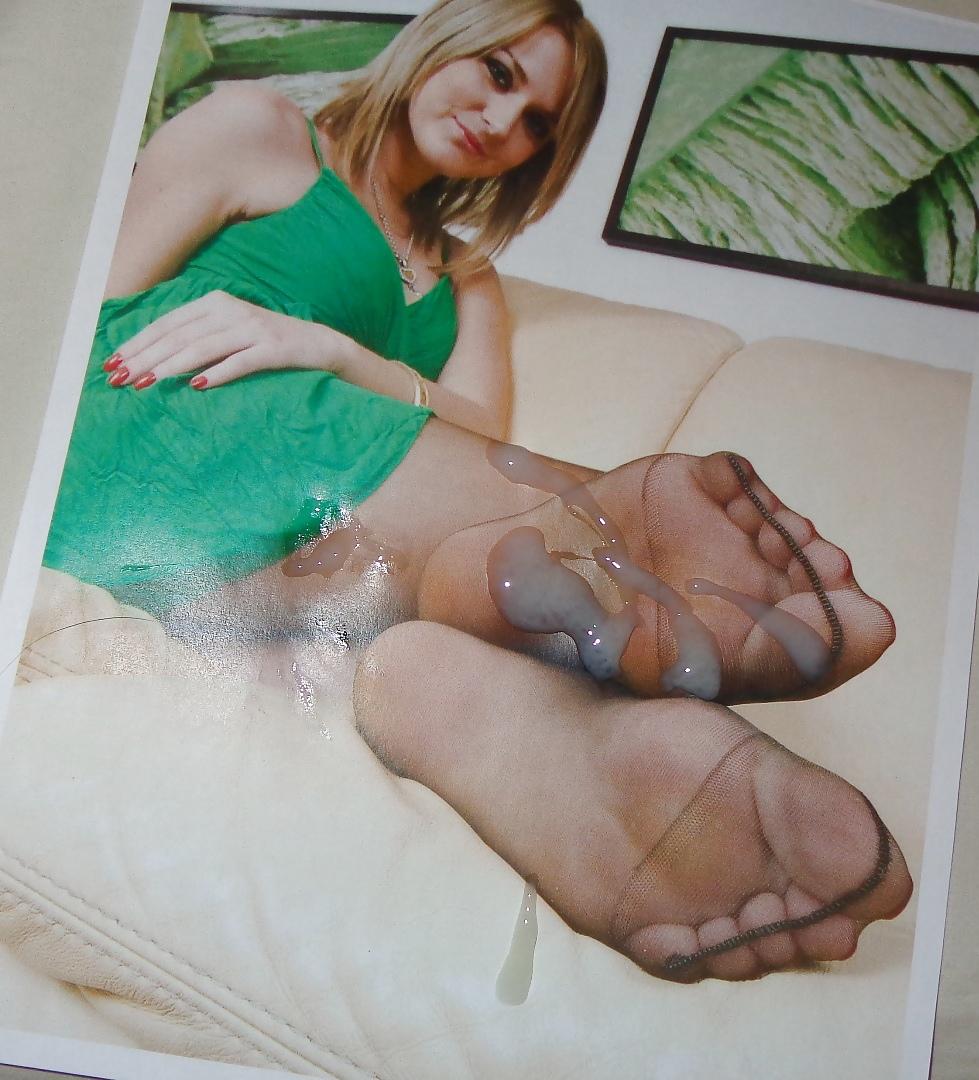 Poonam bajwa feet lick